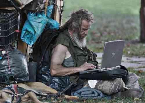 Зарабатывать в интернете может каждый, Главное желание. Отсутствие денег, это Реальная причина, если у вас реально нет денег - И вы нищий